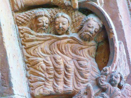 9 Portada. Iglesia de Santo Domingo. Soria