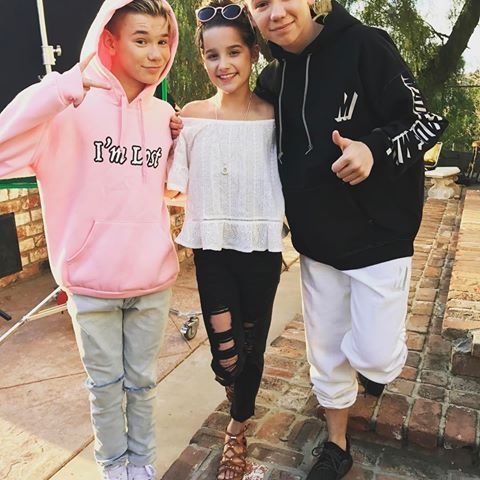 Image result for annie leblanc and hayley 2017