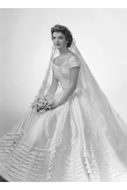 Modern Celebrity Wedding Dresses : Iconic wedding dresses of all time celebrity
