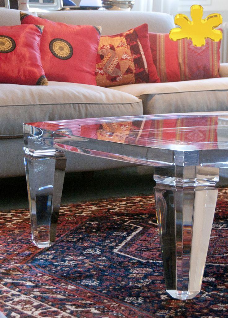 Lucite Acrylic coffe table - TAVOLINI DA SALOTTO IN PLEXIGLASS | Tavolo trasparente in plexiglass mod.BOTTE     | Tavolino plexiglas cm.120 x 90 h.40 - telaio sp.mm.50 - gambe sez.mm.120