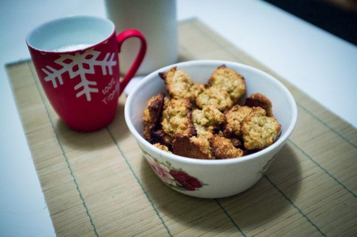 Oat Flakes Coconut Macaroons with Whole-grain Rye Flour (Kokosky z ovesných vloček a žitné mouky)