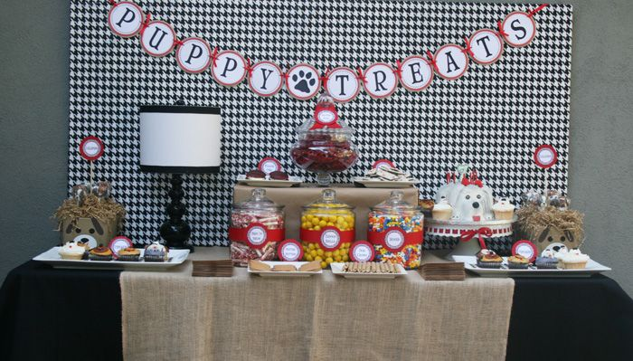 puppy party!! inspiration for pebbles' 2nd birthday. http://blog.amyatlas.com/2011/11/puppy-pawty-guest-dessert-feature/