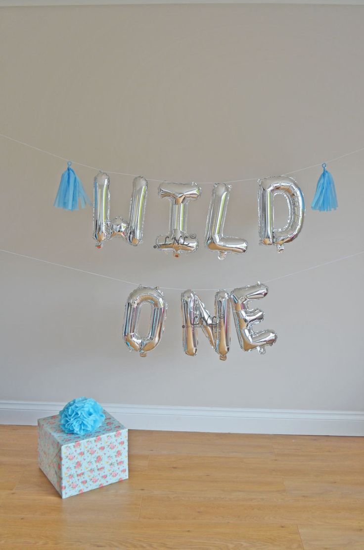17 best ideas about balloon banner on pinterest balloon for Balloon banner decoration