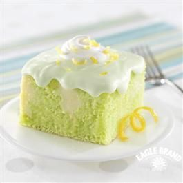 Lemon and lime never looked so fine. This showstopping Citrusy Sweet combines moist key-lime-flavored cake with a fluffy whipped topping.