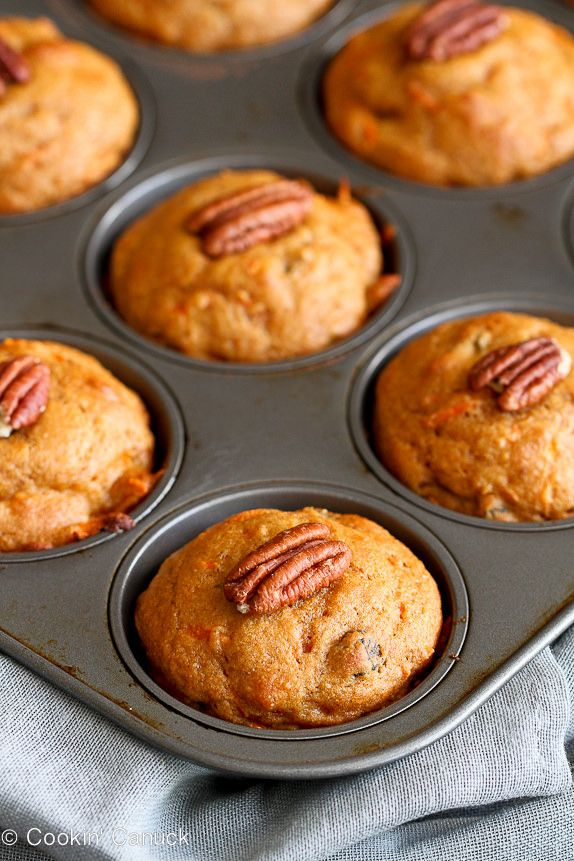 Whole Wheat Carrot Muffin...Only 178 calories and 5 Weight Watchers points.  These are great for a healthy on-the-go breakfast or afternoon snack.   cookincanuck.com #vegetarian #recipe