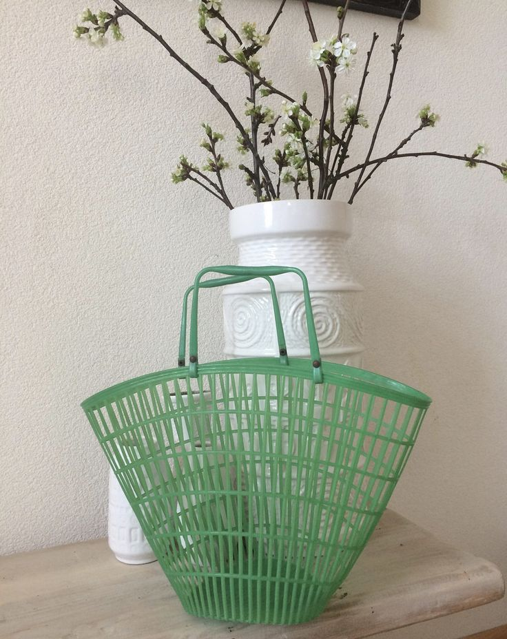 Vintage green plastic grocerybag basket shoppingbag totebag bag by MORETHANVINTAGENL on Etsy