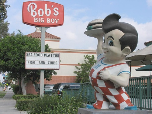Bob's Big Boy - Glendale California - my favorite - fries and a side of blue!