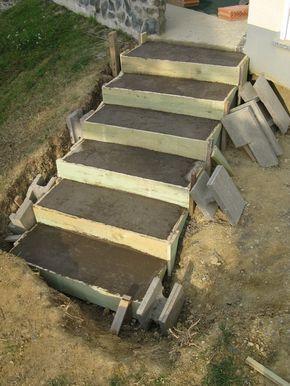 Cool Eine Treppe aus Stahlbeton Gartenbau selber gemacht