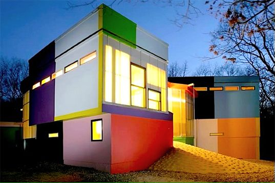"""Architecture for Longer Life: Bioscleave """"Fun"""" House...Arakawa and Madeline Gins"""