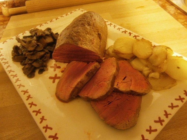 Anna in Casa: ricette e non solo: Filetto di manzo al forno visit my blog and click translate under the header #annaincasa  #originalitalianrecipes #italianhomecook