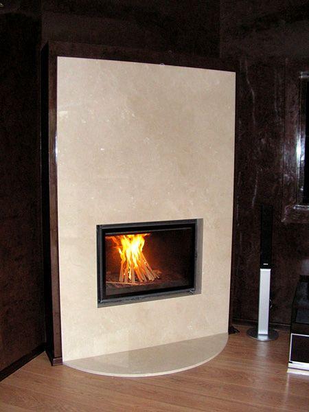 Corner fireplace with a stone slab. Kominek narożny z płytą kamienną. #fireplace #corner #stone #kominek