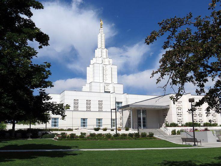 Idaho Falls Idaho Temple   #DesBookMomGiveaway