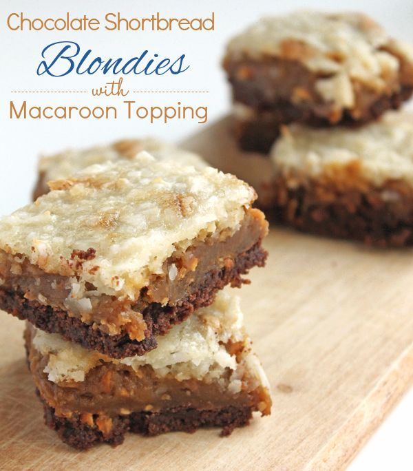 Chocolate Shortbread Blondies with Macaroon Topping ...