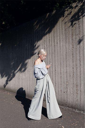 Oversized Weekday / Ivania Carpio