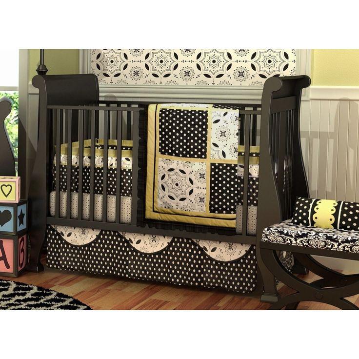 Este Boutique BeddingSet va a generar una habitación con estilo para tu bebe! Perfecto para niño o niña, sus formas y colores vibrantes crearán un espacio mágico para tu bebe en donde podrá descansar y divertirse. El set consta de 10 piezas: Colcha, Bumper,Sabana, Faldón, 2 Fundas, 2 Apliques para ventana, Bolsa para juguetes y Contenedor de pañales. Visitanos www.mybabydeco.com o escribenos info@mybabydeco.com