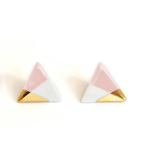 pendientes de triángulo en color de rosa, oro sumergido, envío gratis, triángulo tacos, tacos rosa