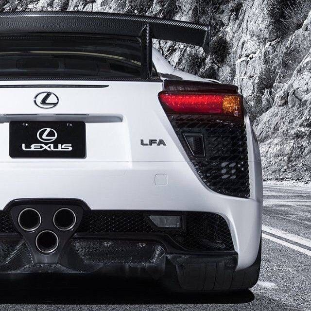 """Next up on our White Wednesday Theme, the the beautiful looking (and sounding) Lexus LFA #Gumball3000 #gumballlife"""
