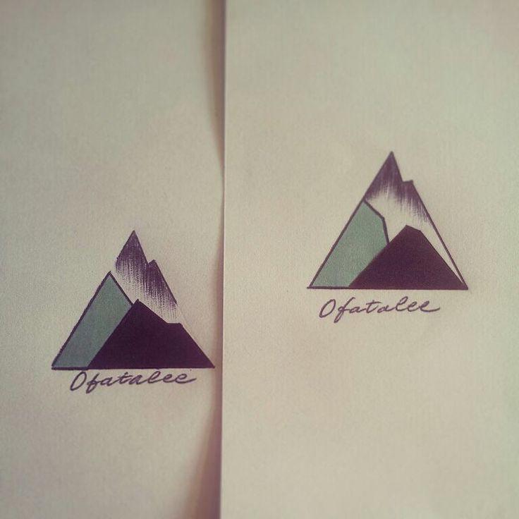 Best 25 geometric mountain tattoo ideas on pinterest mountain tattoos mountain outline and - Tatouage 3 points en triangle ...