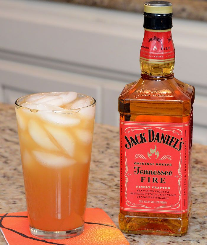 INGREDIENTS 1 oz Jack Daniel's® Tennessee Fire™ 1 oz sour mix 3 oz apple cider (chilled)  HOW TO MAKE IT Build ingredients in order in a pilsner glass with no ice.