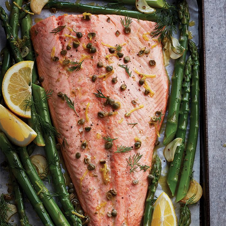 Topped with a lemony sauce, this sheet pan salmon and asparagus dinner hits all the right flavour notes. Get the recipe at Chatelaine.com!