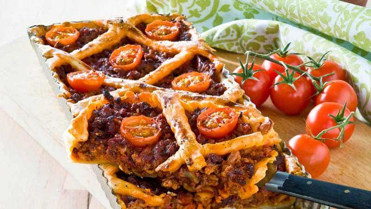 Köttfärspaj med tomat och svamp