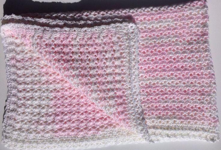 Pink and White Variegated Vintage Style Cot Blanket for Baby