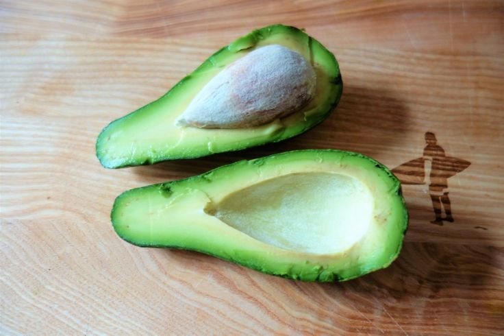 Avocadokerne nicht wegwerfen, sondern nutzen