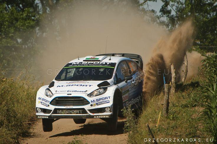 ...jump... by Grzegorz Kardas on 500px