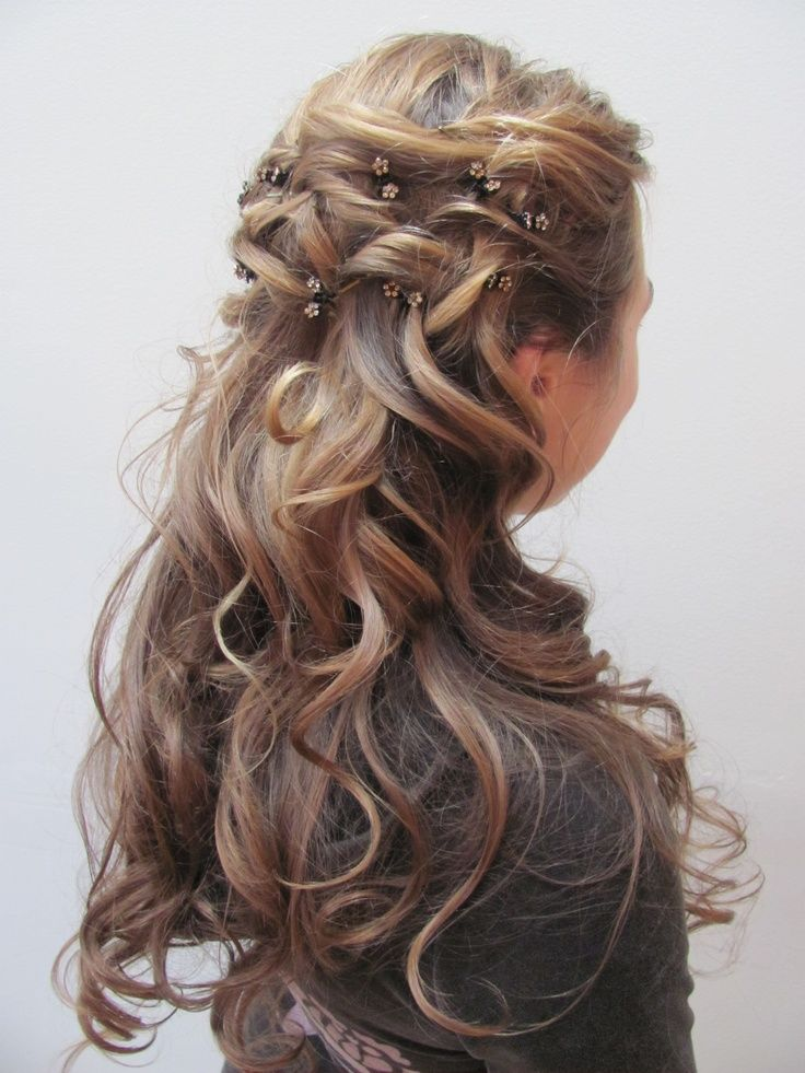 Add some dainty flower hair pins and thick curls