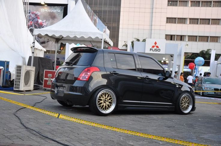 BBS LM   17x 8 +30 front   17x 9 +20 rear   205/40/17