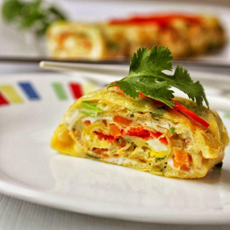Korean Egg Rolls / Gyeran Mari / Asian Egg Roll !!! Best lunch box menu for kids.. http://mysouthernflavours.com/2014/02/04/korean-egg-rolls-gyeran-mari-asian-egg-roll/