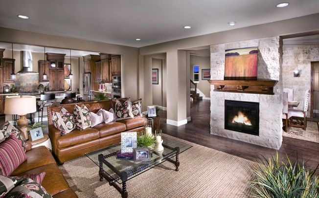 5040 Plan - Great Room, Standard Pacific Homes