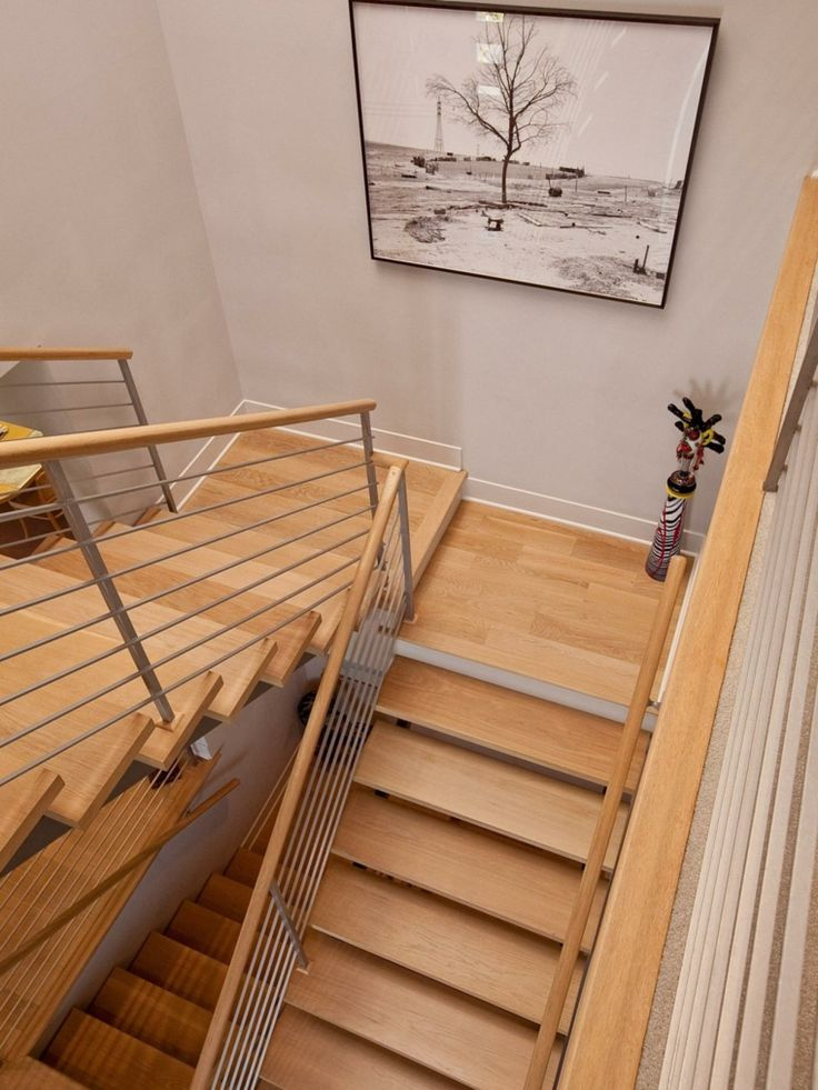 M s de 25 ideas incre bles sobre escaleras laminadas en - Escalera de madera interior ...