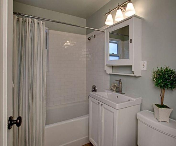 Best 25+ Cape cod bathroom ideas on Pinterest   Cape cod houses ...