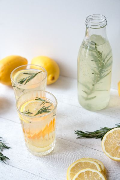 Homemade Lemonade with Rosemary