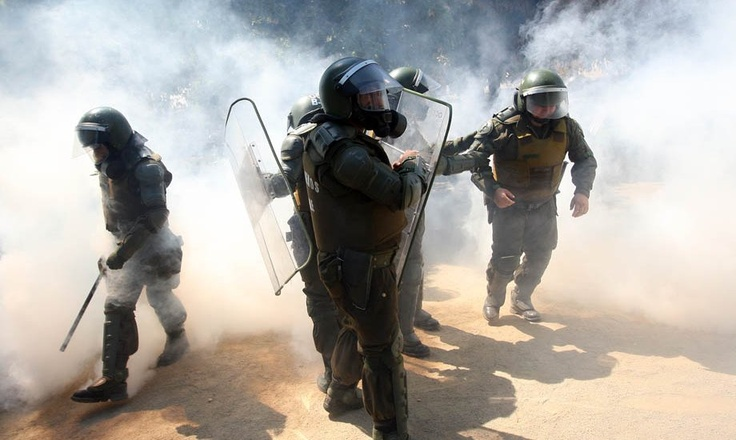 Batalla campal en primera protesta estudiantil del año