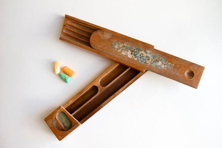 retro wooden pencil box 1