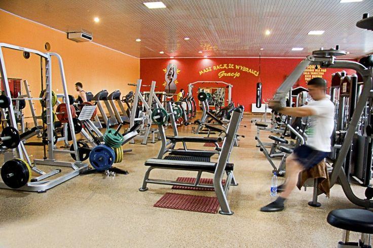 Hotel Gracja Gorzów siłownia to świetny sposób na zadbanie o swoje ciało. Nasi trenerzy są do twojej dyspozycji. Zapraszamy Siłownia Gorzów Wlkp.
