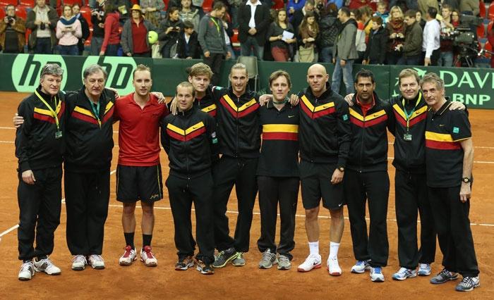 Het volledige Davis Cup-team dat het tegen Servië opnam (2013) met onder andere Steve Darcis, Olivier Rochus, David Goffin, Ruben Bemelmans en Johan Van Herck