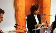 Bastó con que portara un escotado vestido blanco durante el debate entre los candidatos a la presidencia de México para que Julia Orayen se convirtiera en Trending Topic en Twitter. Ver más en: http://www.elpopular.com.ec/52240-playmate-encendio-a-los-aztecas.html