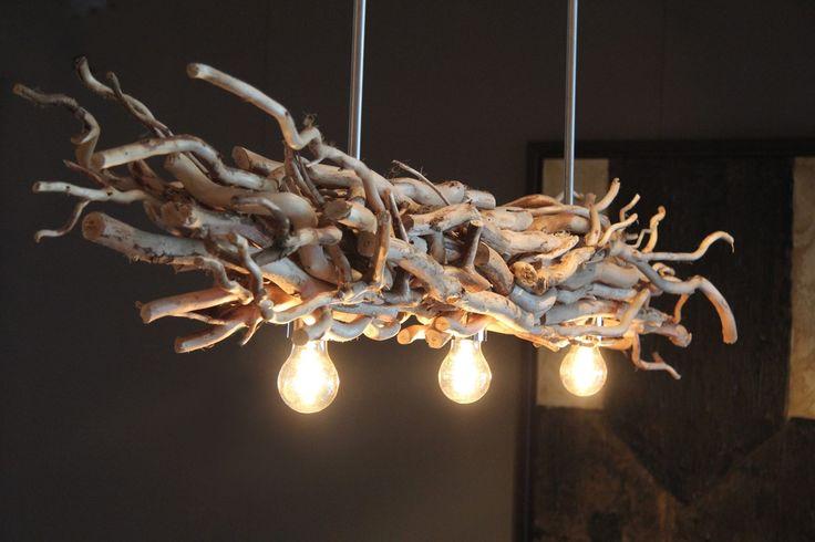 Takken lamp met brocante takken www.takkenlampen.nl