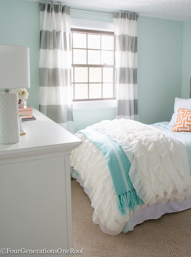 How to style a teen girls bedroom #Teenagebedrooms