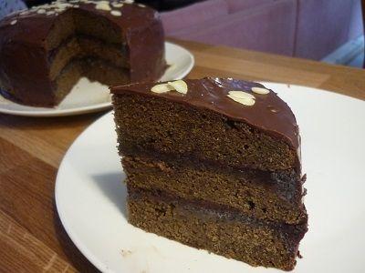 Perníkový dort s povidly a mákem