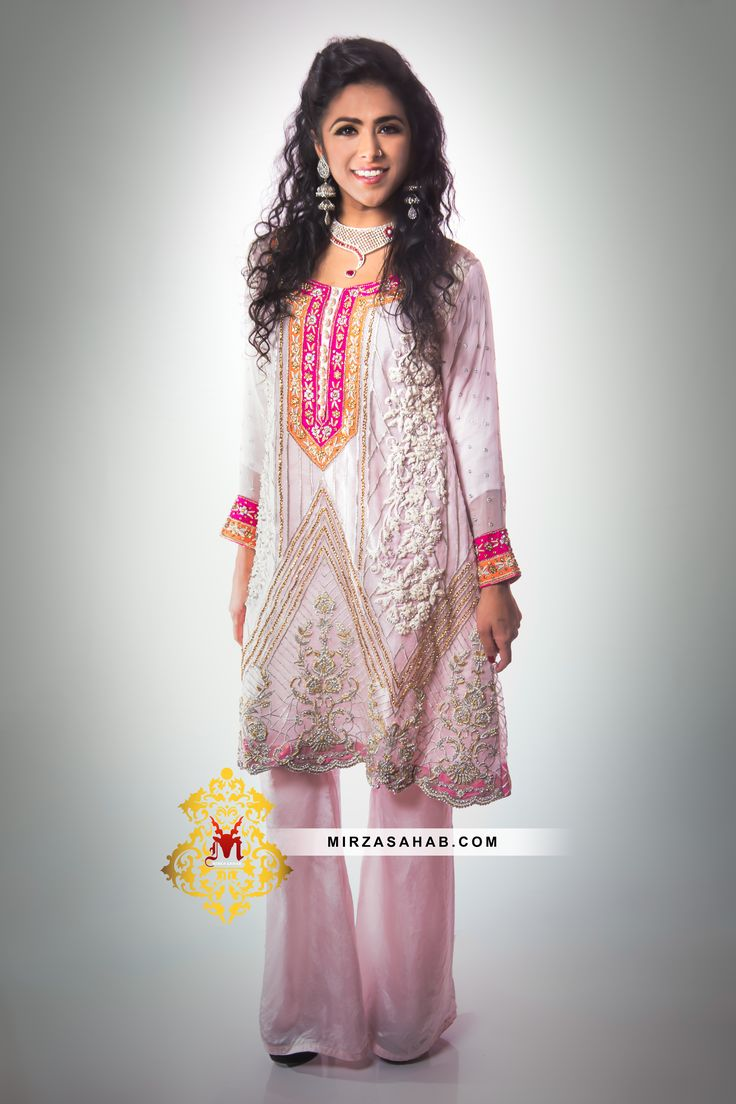 Light Pattern beautiful oraganza silk suit is available for the women who want to leave a deep effect while staying elegantly simple. Pakistani dresses, Indian dresses, casual dresses, formal dresses