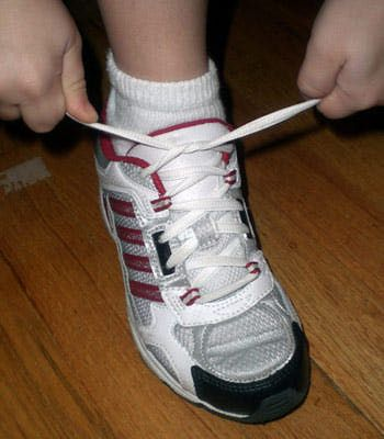 top tips for teaching to tie their shoes to