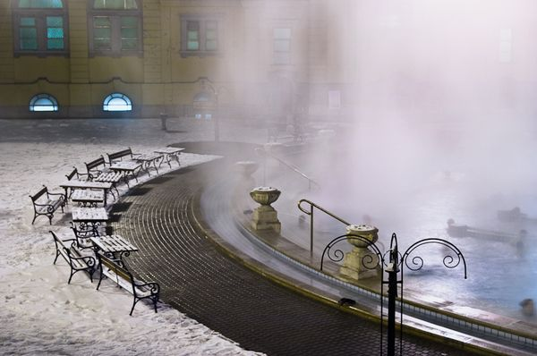 According to the website, in England there is a town called 'Bath' that was named after its couple of hot springs. However, there are more than 120 thermal springs in Budapest, several were built in the Ottoman era in the 16th century. But the tradition even dates back to the Romans. Timeout.com praises Gellert Bath particularly because of its architectural setting and Szechenyi Bath due to its good location (it is in the middle of the City Park) and its great number of pools (15 indoor…