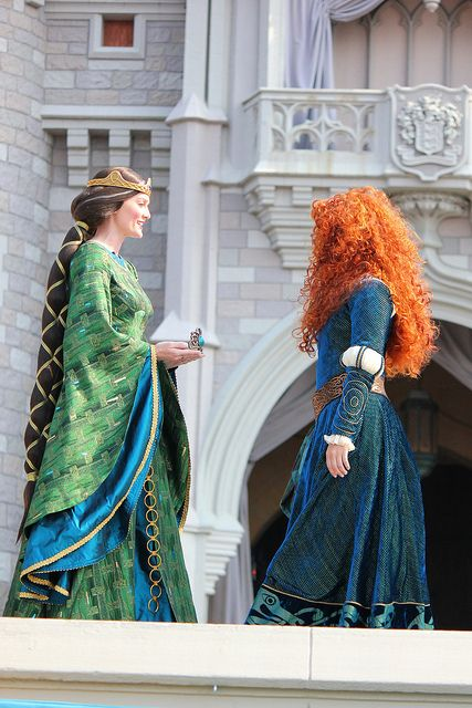 Merida in real life at the Magic Kingdom. I love the Celtic details on the Disney world dress.