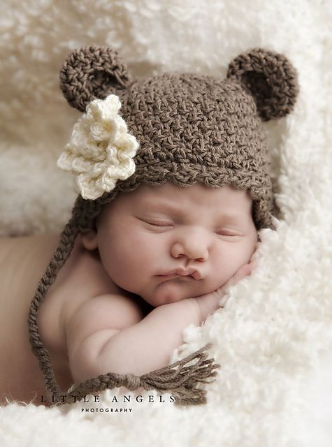 Ravelry: Little Bear Hat with Sweet Texture and Optional Flower pattern
