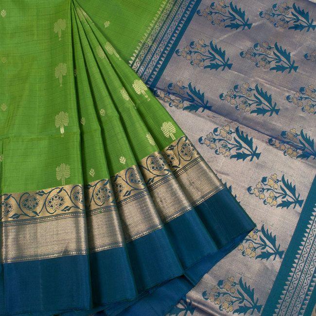 Handwoven Green South Silk Saree With Floral Motifs 10018612 - AVISHYA.COM