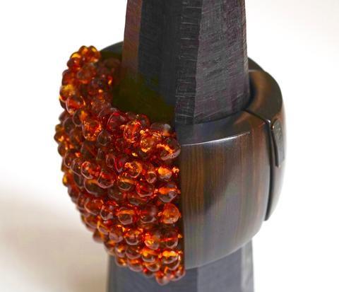 Monies amber and wood bracelet